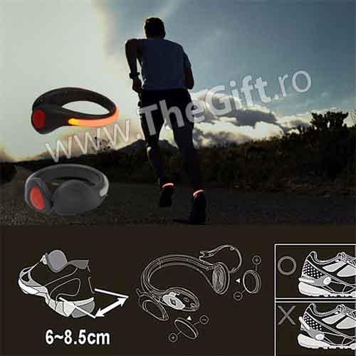 LED cu fixare pe adidasi pentru siguranta