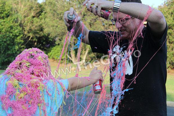 Spray confetti, tip panglici instant