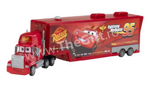 Camionul Mack din Cars, mare
