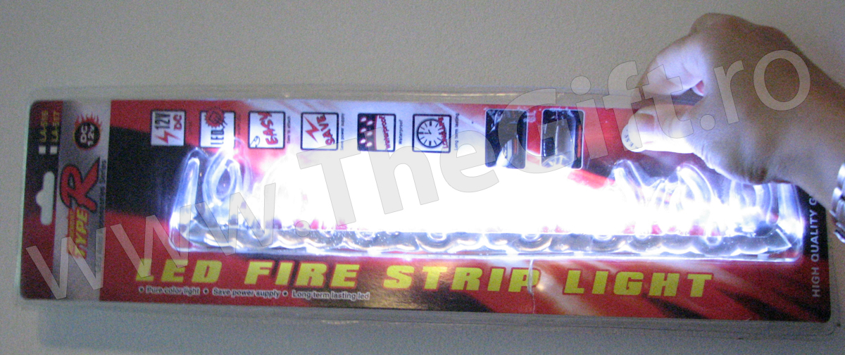 27 LEDuri type R sub forma de flacari